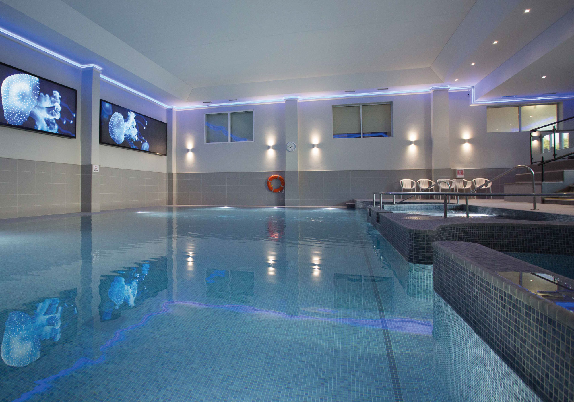 spa-swimming-pool-basingstoke.jpg